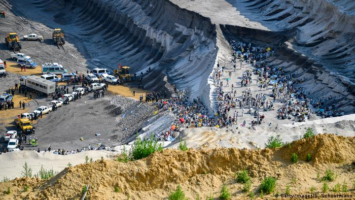 Ariel shot of protesters and police at the Garweiler mine