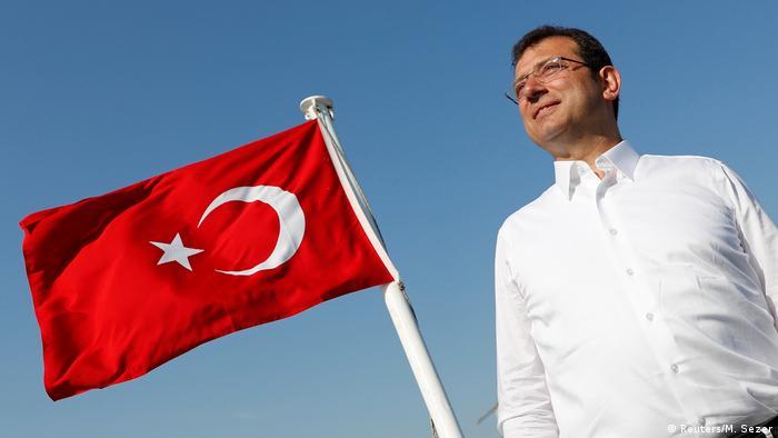 Кметът на Истанбул Екрем Имамоглу - заплаха за президента Ердоган?