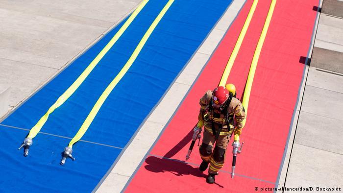 BdTD Deutschland Hamburger Firefighter Games (picture-alliance/dpa/D. Bockwoldt)