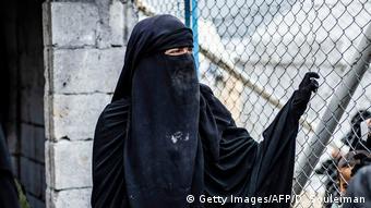 Πολλές ξένες γυναίκες ζητούν μια δεύτερη ευκαιρία.Θέλουν να επιστρέψουν στις πατρίδες τους