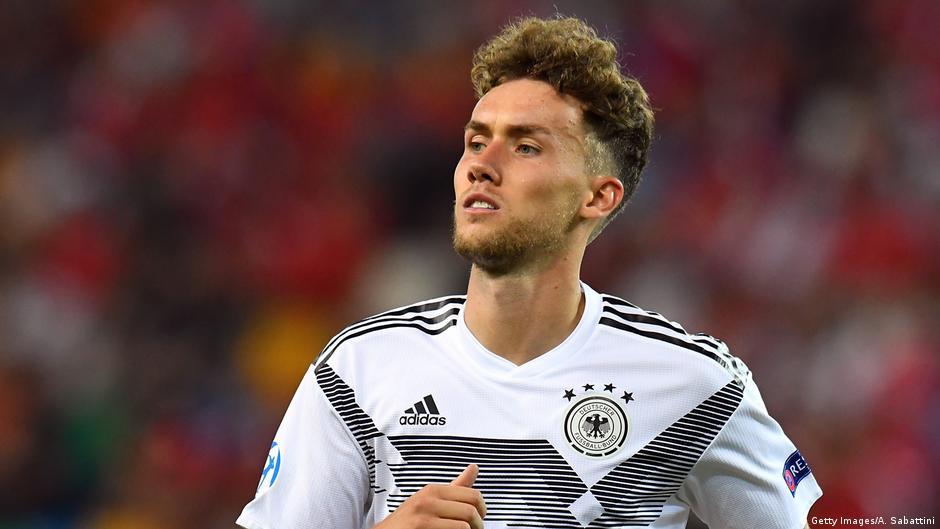 Bundesliga transfer blog: Waldschmidt moves to Benfica
