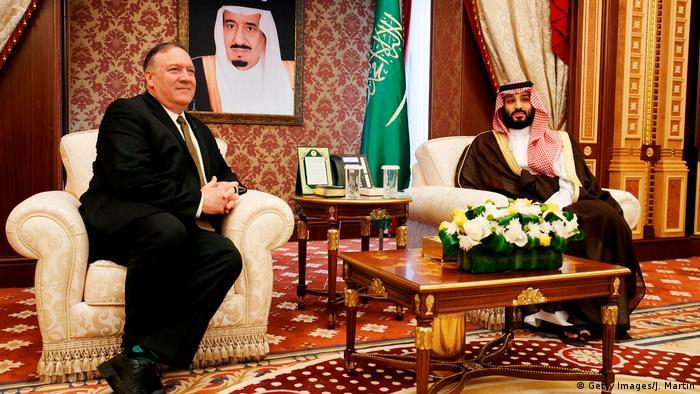 Mike Pompeo with Saudi Arabia's Crown Prince Mohammed bun Salman