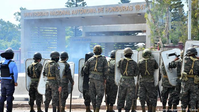 Honduras | Proteste gegen die Regierung in die Universidad Nacional Autónoma de Honduras