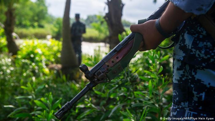 Militares birmaneses