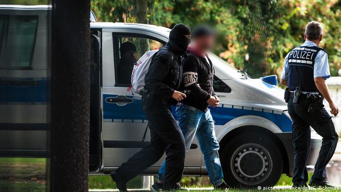 Uhićenje jednog od pripadnika Revolucije Chemnitz 2018. godine