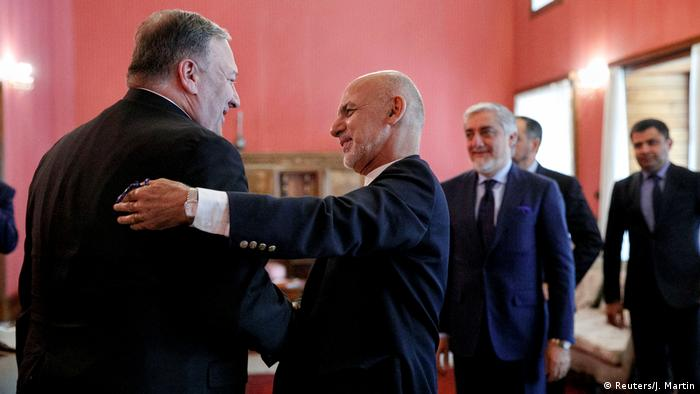 Pompeo greeted by Ghani at the Presidential Palace in Kabul on June 25, 2019