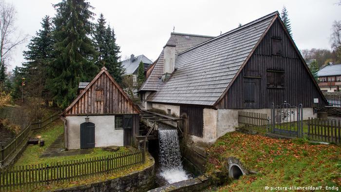 UNESCO World Heritage Erzgebirge - Frohnauer Hammer (picture-alliance/dpa/P. Endig)