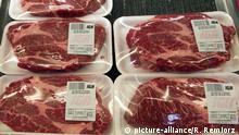 Kanada, Montreal: Fleisch in Verpackung (picture-alliance/R. Remiorz )
