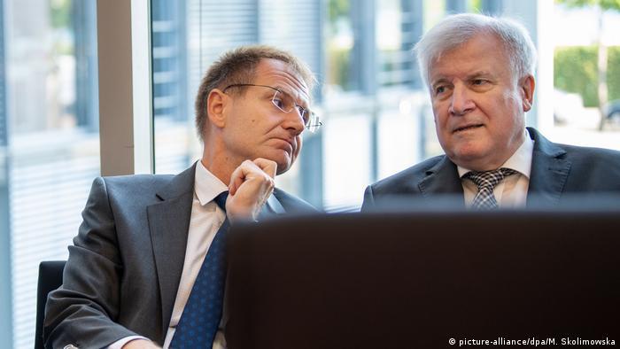 Sondersitzung Innenausschuss zu Mordfall Lübcke (picture-alliance/dpa/M. Skolimowska)