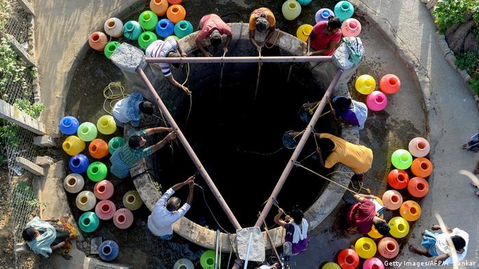 Fetching water in Chennai