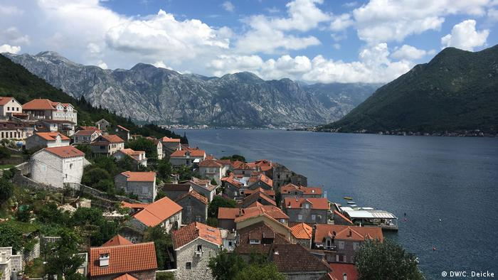 Bay of Kotor on the Adriatic (DW/C. Deicke)
