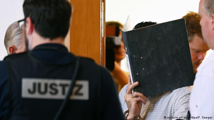 Prozess Gruppenvergewaltigung in Freiburg (picture-alliance/dpa/P. Seeger)