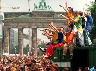 Loveparade в Берлине в 2001 году