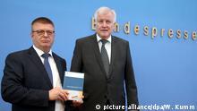 Vorstellung des Verfassungsschutzberichtes 2018 Horst Seehofer und Thomas Haldenwang