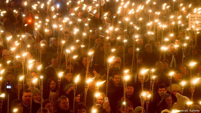 Estland Tallinn | Marsch der Rechtskonservativen Partei EKRE