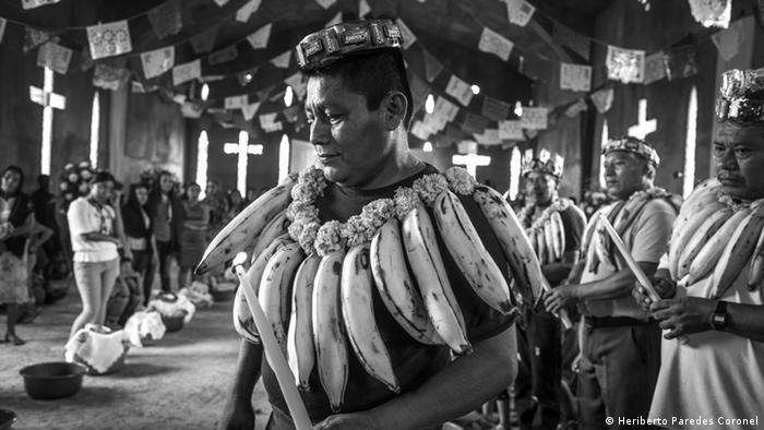 La asignación de cargos religiosos al interior de la comunidad es una tradición que se guarda con celo. Las celebraciones religiosas son una mezcla de tradiciones de más de 500 años de antigüedad y conforman cantos y bailes en los que participan distintas comunidades de la región.