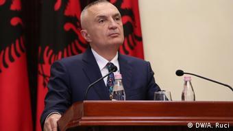 Albanien Tirana   Ilir Meta - albanischer Präsident bei Pressekonferenz zur Lokalwahl 2019