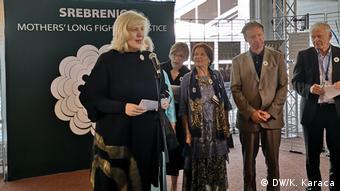 Dunja Mijatovic Srebrenitsa Anneleri'nin talebine destek veriyor