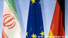 Flaggen des Iran, Europa und der Bundesrepublik Deutschland