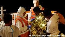 Italien Lampedusa Sea-Watch 3 zwei Flüchtlinge dürfen von Bord