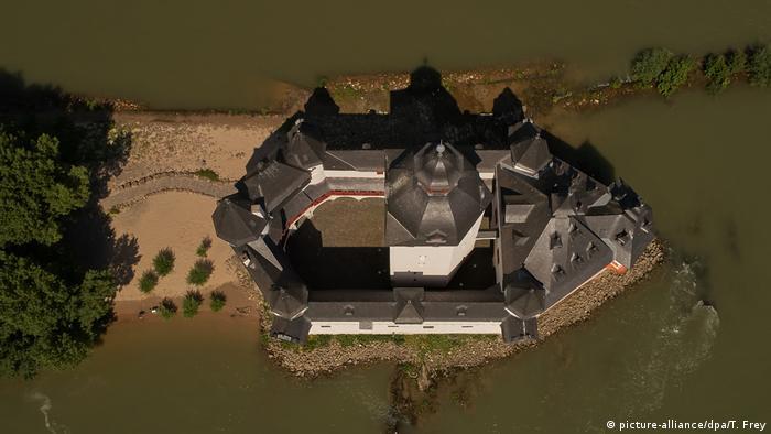 Pfalzgrafenstein Castle from a bird's eye view (picture-alliance/dpa/T. Frey)