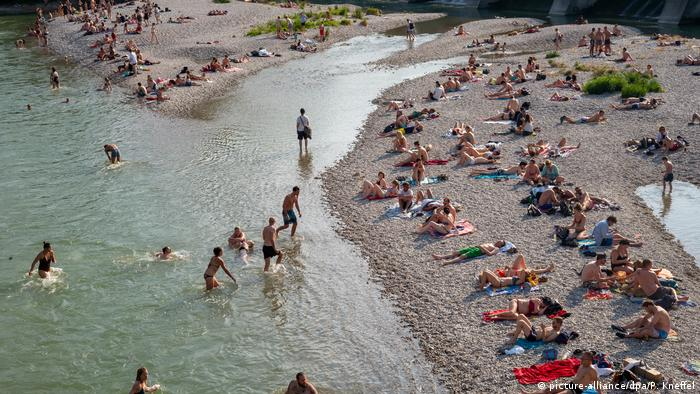 Bathers on the Isar river in Munich