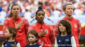 Rapinoe chooses not to sing the national anthem