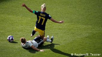 FIFA Frauen-WM 2019   Deutschland vs. Schweden (Reuters/B. Tessier)