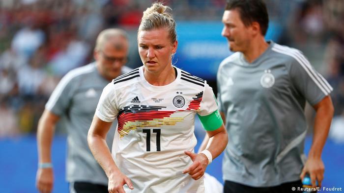 Germany captain Alexandra Popp has expressed a desire to play for Dortmund