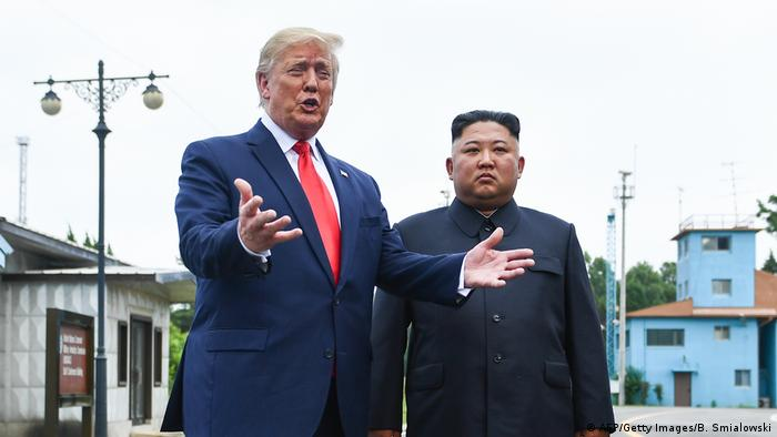 Donald Trump Gets Beautiful Letter From North Korea S Kim Jong Un News Dw 09 08 2019
