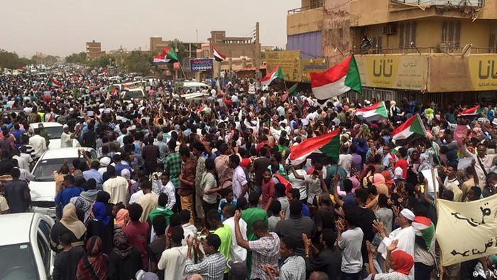 Sudan Khartum Massenproteste der Opposition (AFP)