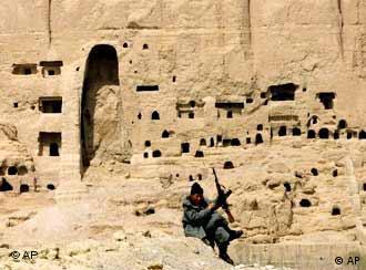 তালেবান গোষ্ঠী আগে ধ্বংস করেছিল আফগানিস্তানের বৌদ্ধ ঐতিহ্য, এবার তাদের লক্ষ্য পাকিস্তান