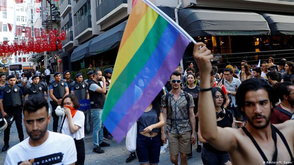 Türkei Istanbul Polizei geht gegen LGBT Aktivisten vor