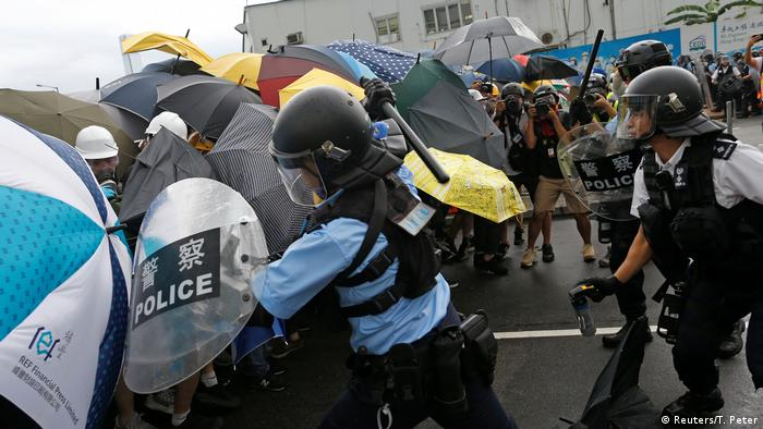 Hong Kong Proteste (Reuters/T. Peter)