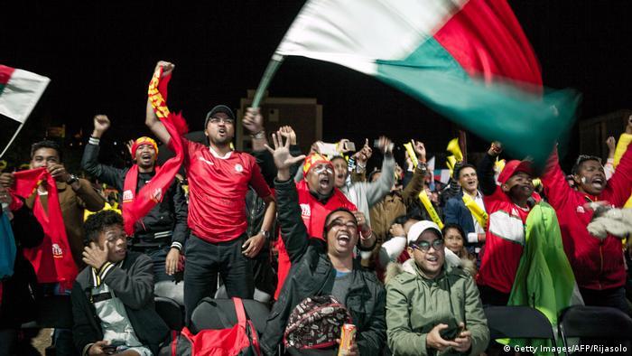 Fußball Africa-Cup Madagaskar bejubelt Achtelfinaleinzug