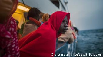 """Le message du chef du HCR, Filippo Grandi : les migrants et réfugiés ne doivent PAS être en détention, les civils ne doivent PAS être des cibles et la Libye n'est PAS un lieu sûr pour un renvoi"""" des migrants"""
