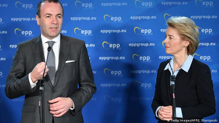 Von der Leyen with Manfred Weber, the man the CDU/CSU and Europe's EPP initially earmarked for the top European job (Getty Images/AFP/J. Skarzynski)