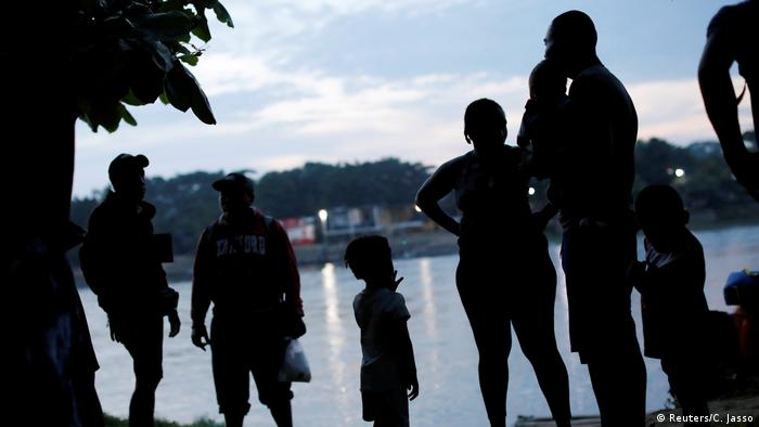 Mexiko Grenze Guatemala Migranten Flüchtlinge (Reuters/C. Jasso)