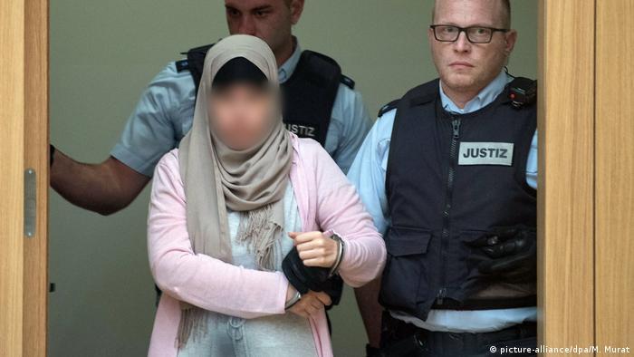 Stuttgart IS returnees trial