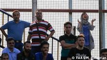 """1. Training von Fußballmannschaft """"Esteghlal Teheran"""" Frauen bleiben draußen."""