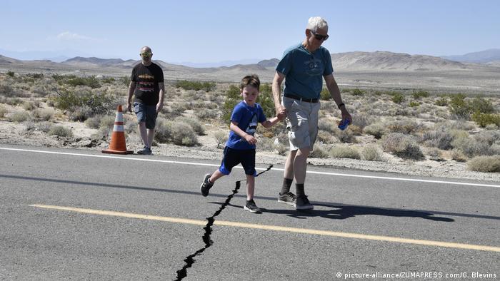 BG Kalifornien Erdbeben (picture-alliance/ZUMAPRESS.com/G. Blevins)