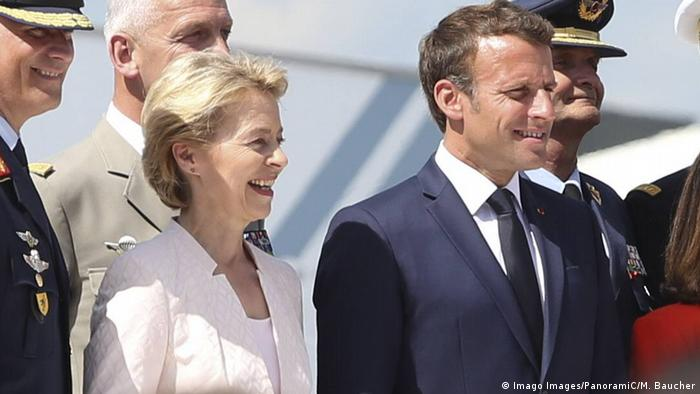 Frankreich | Luftshow mit Usula von der Leyen und Emmanuel Macron