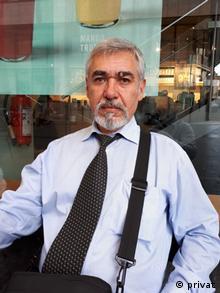 Таджикский журналист Темур Варки