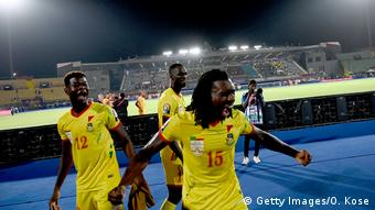 Benin-Spieler feiern nach dem Gewinn des Africa Cup of Nations 2019 (CAN) (Getty Images/O. Kose)