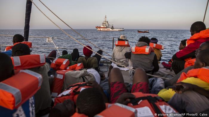 Rettungsboot der NGO Mediterranea Saving Humans