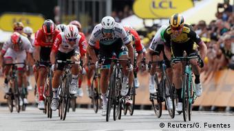Dutchman Mike Teunissen just got over the line ahead of Peter Sagan