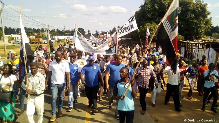 Marcha da RENAMO no distrito de Morrumbene este sábado (06.07)