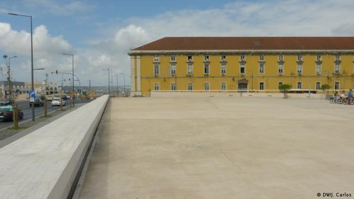 Monumento será erguido no Largo José Saramago