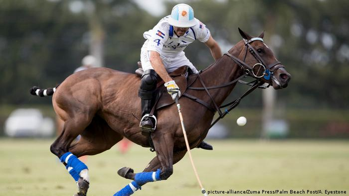 U.S. Open Polo Championship 2017 | Adolfo Cambiaso, Valiente (picture-alliance/Zuma Press/Palm Beach Post/A. Eyestone)