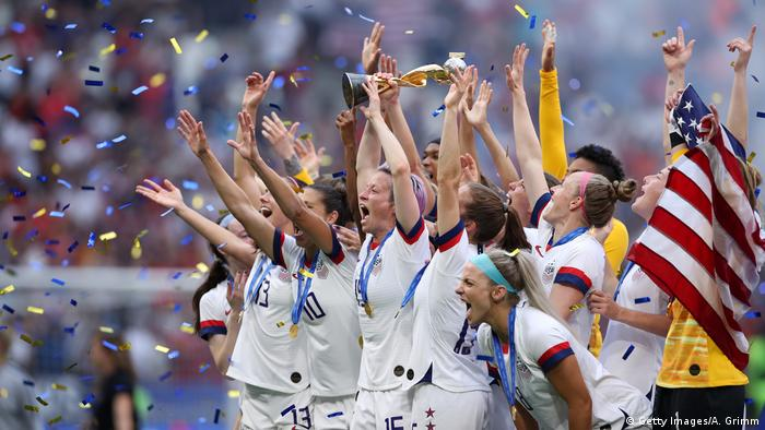 The US national team lift the World Cup